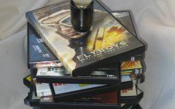 Candeeiro com capas DVD's